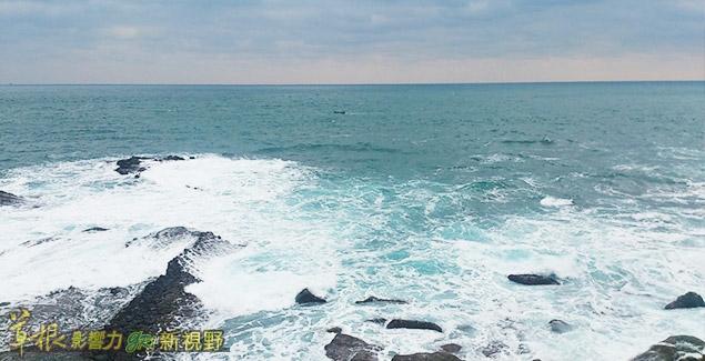 台灣公務人員應「攪和一灘清水」