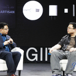 羅永浩和他的Smartisan T1拿了最佳用戶體驗獎