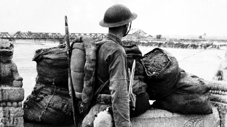 必須紀念抗戰勝利七十週年