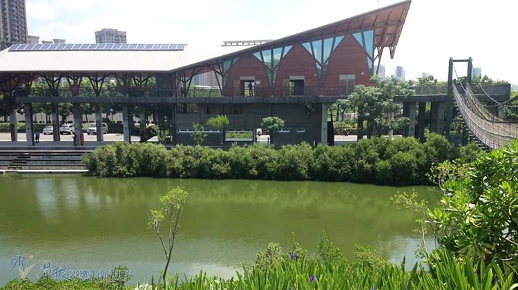 城市中的綠地-高雄中都濕地公園