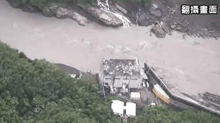 蘇迪勒颱風讓烏來成孤島:仍有2千人受困 失聯百人已確認平安