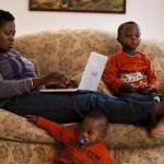 這間人力銀行專為「媽媽們」找工作!讓女人不用忍痛放棄職場 也能在家帶小孩