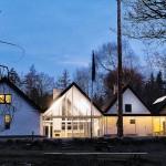 丹麥高地的接待中心牆面由木頭製作