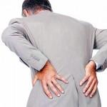男子長期下背痛 竟是血癌作祟
