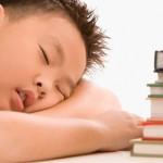 男童睡眠中止成過動兒 靠微創治療領書卷
