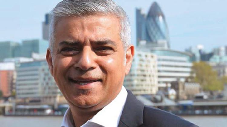 運將之子當選倫敦市長的勵志人生 英國人覺醒?首位穆斯林出頭天