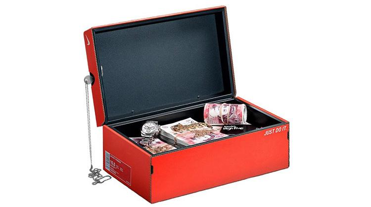 鞋盒保險箱
