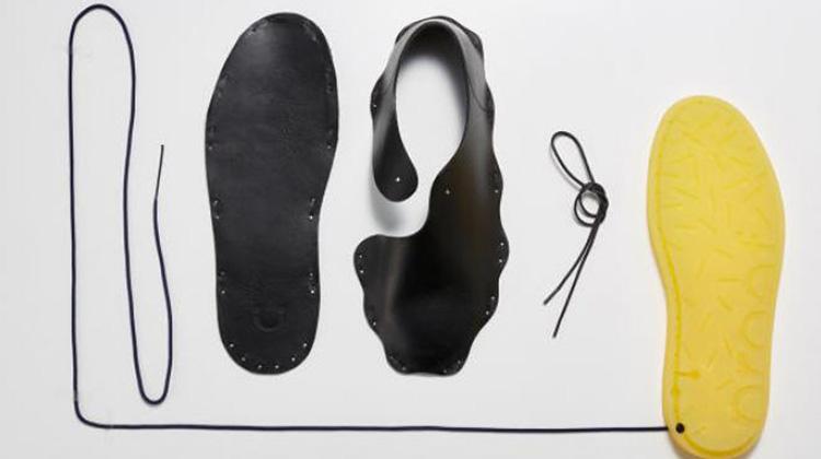 守護鞋廠工人健康:荷蘭設計師打造「免黏著劑」的環保鞋