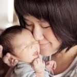 愛的親親竟讓寶寶發燒、嘴破、牙齦出血?恐是疱疹性齒齦炎作祟!