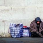 為什麼窮人永遠無法「翻轉階級」?哈佛社會學家花費數年住進底層社區發現貧窮的真相