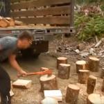 「雙斧流」之斧起斧落精彩砍柴實錄