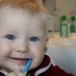 寶寶應該幾歲開始看牙醫?