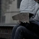 【窮還買 iPhone 很靠北嗎】美國魯蛇媽告訴你,為何窮人快餓死也要買小確幸