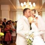 婚禮預算也可以群眾募資!這家華人創辦的婚宴送禮網站,教我們怎樣「靠顧客來經營公司」
