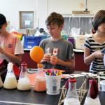「用冰淇淋也能教孩子科學」她將科普教材趣味化,助上千位偏鄉教師點燃學生熱情