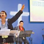 【F.I.R.飛兒樂團主唱】Faye詹雯婷:神用笑臉幫助我 對我有救命之恩