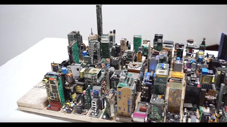 用電子元件打造的紐約都市叢林