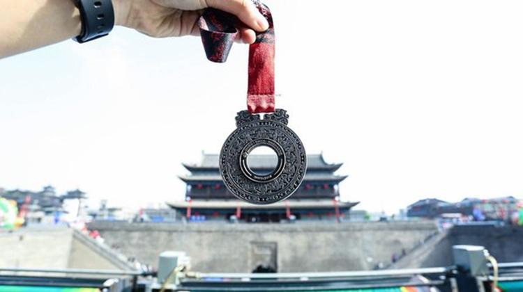 西安國際馬拉松賽體驗升級 新一屆冠軍飽覽歷史與未來的城市光彩