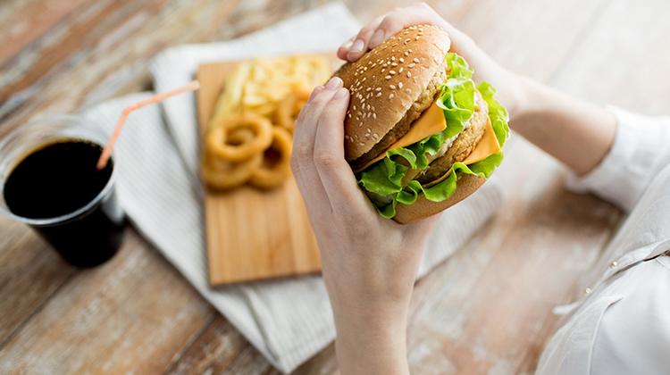 速食可能使不孕的風險增加一倍