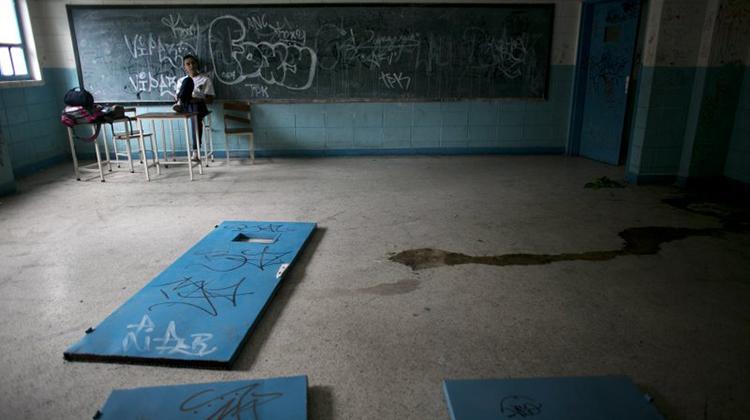 近代最大規模人口出走》生活不下去!委內瑞拉2年流失180萬人,醫院、學校唱空城計