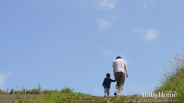 給父母的性別教育祕訣:教兒子當紳士,而不是當騎士