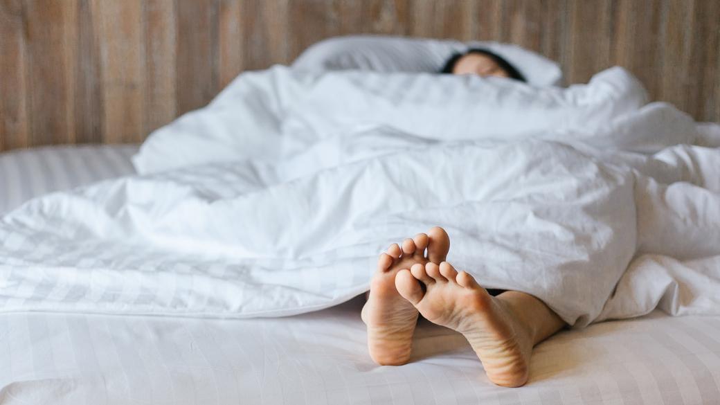 你該多久洗一次床單,聽聽微生物學家怎麼說