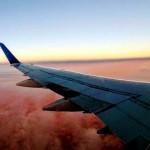 飛機上看電影特別容易哭?10個少有人知的「飛航冷知識」
