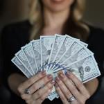 金錢買不到快樂嗎?