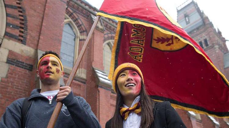 哈佛大學也搞種族歧視?亞裔學生「人格評比」往往墊底,美國司法部痛斥校方違憲