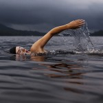 冷水游泳有助於治療憂鬱症嗎?