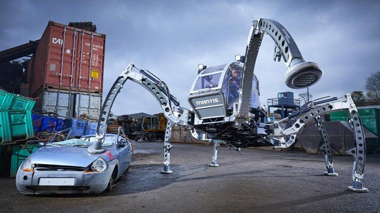 從星戰電影而啟發的金氏世界紀錄最大六足仿生機器人