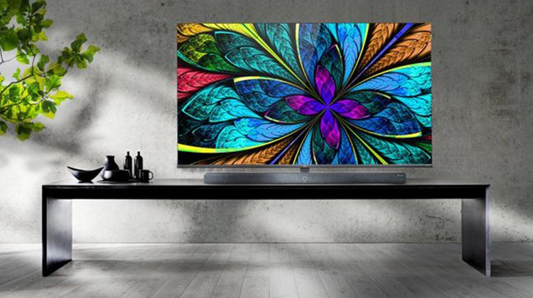 TCL攜最新智能8K電視亮相2019國際消費電子展