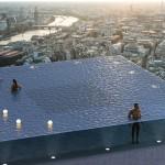 游泳像在空中飄一樣的200米高360度無邊際泳池