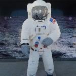 以四萬多顆樂高紀念阿波羅11號登陸月球50週年