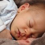 新生兒快樂的特徵