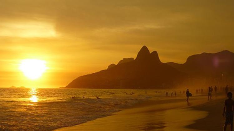 ipanema-beach-99388__340