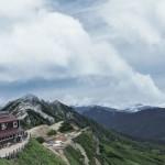 日本北阿爾卑斯山脈漫遊:裸岩攀登、山林漫步、邂逅雷鳥
