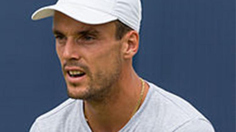 化悲痛為力量,網球冠軍!