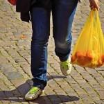 超市及外送服務惡化塑膠危機
