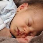 如何讓寶寶睡過夜?