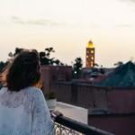 「現在真的爛透了,但生活和愛仍在持續著。」義大利人防疫封城中獨特的「遠距離約會」故事