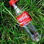 全球兩大可樂公司被控訴製造塑膠污染