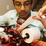 發明樂高點字機 13歲童闖矽谷