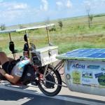 從法國騎太陽能腳踏車到日本
