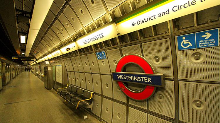 270個車站將全面停擺!13年來倫敦地鐵最大罷工