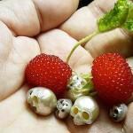 日本藝術家將珍珠轉化為具有個性的骷髏飾品