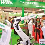 陸機器人急行軍 台灣工業電腦抓得住 中國版的工業4.0啟動 十年商機大