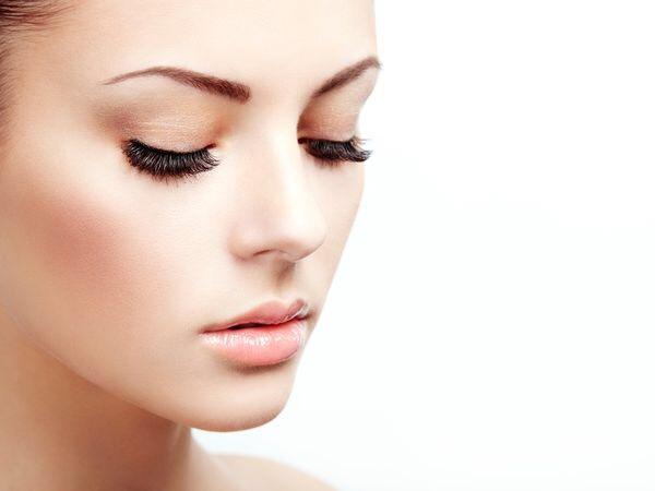 睫毛長滿蟲卵 原來是美妝品不乾淨