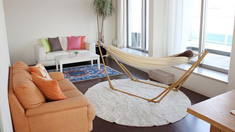 可當吊床、吊椅、晒衣架的萬用架