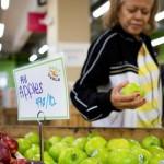 這家超市主打「剩食零售」,讓健康食物不再是有錢人的專利